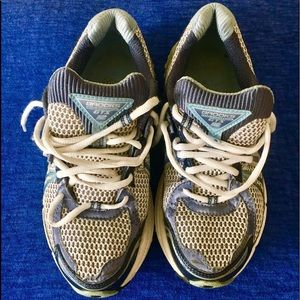 BROOKS GTS athletic sneakers-size 8